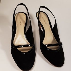 Ann Taylor Black Suede/Patent Leather Slingback